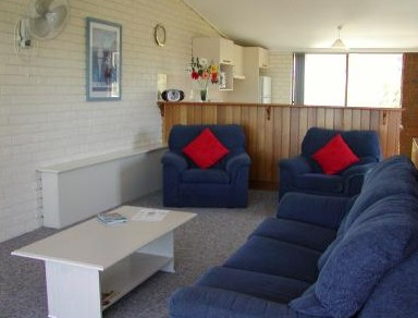 Penguin Mews - Accommodation in Bendigo