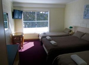 Falls Creek Hotel - Accommodation in Bendigo