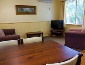 View Hill Holiday Units - Accommodation in Bendigo