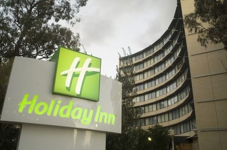 Holiday Inn Melbourne Airport - Accommodation in Bendigo