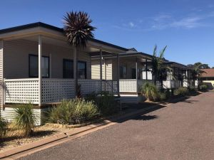 Sundowner Cabin and Tourist Park - Accommodation in Bendigo