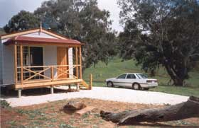 Saunders Gorge Sanctuary - Hideaway Cottage - Accommodation in Bendigo