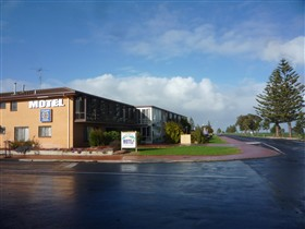 Lacepede Bay Motel And Restaurant - Accommodation in Bendigo