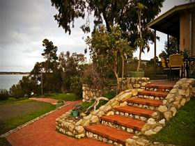 Ulonga Lodge - Accommodation in Bendigo