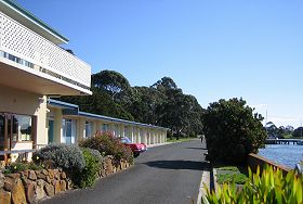 Waterfront Wynyard - The - Accommodation in Bendigo
