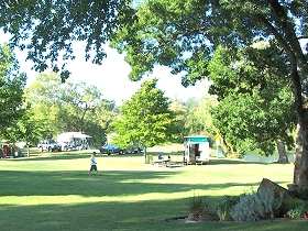 Longford Riverside Caravan Park - Accommodation in Bendigo
