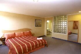Lighthouse Hotel - Accommodation in Bendigo