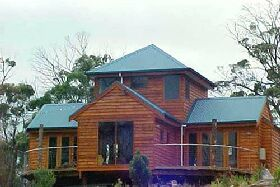 Tree House - The - Accommodation in Bendigo