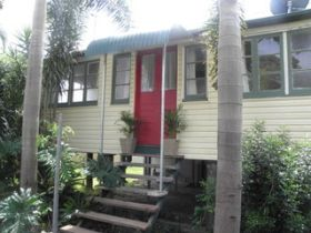 The Red Ginger Bungalow - Accommodation in Bendigo