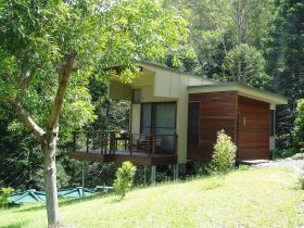 Montville Ocean View Cottages - Accommodation in Bendigo