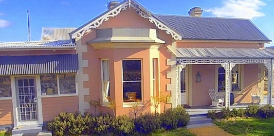 Cromwell House - Accommodation in Bendigo