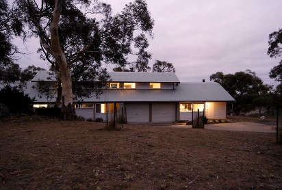 Silvertop Snowy Mountains Retreat - Accommodation in Bendigo