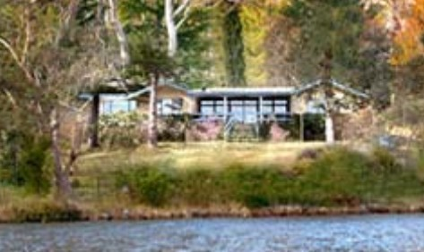 Blue Mountains Lakeside Bed and Breakfast