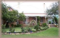 Guy House Bed and Breakfast - Accommodation in Bendigo