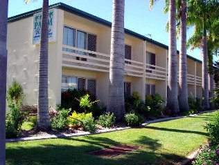 Palm Waters Holiday Villas - Accommodation in Bendigo