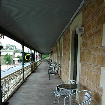 Hotel Mannum - Accommodation in Bendigo