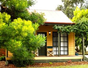 Mountain View Motor Inn and Holiday Lodges - Accommodation in Bendigo