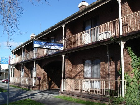Albury Townhouse - Accommodation in Bendigo