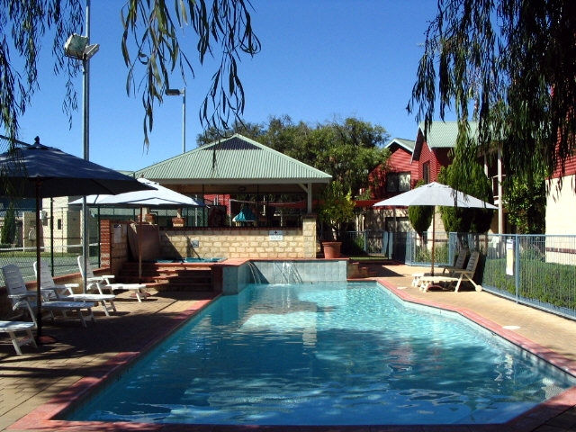 Amalfi Resort - Accommodation in Bendigo