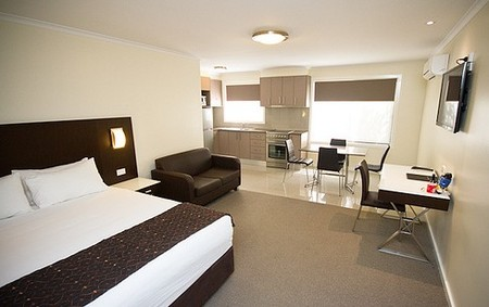 Country Comfort Premier Motel - Accommodation in Bendigo