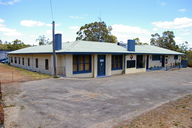 Rocky Gully Pub - Accommodation in Bendigo