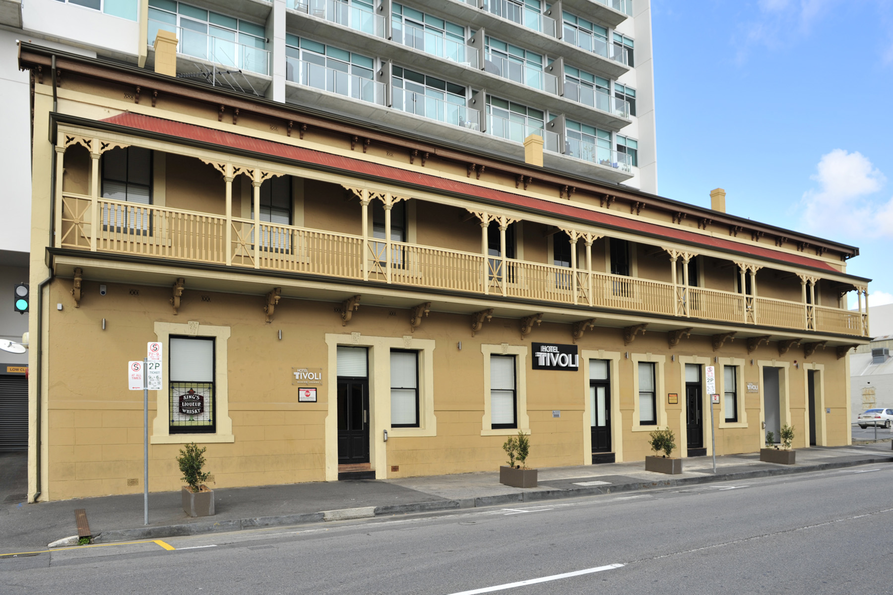 Hotel Tivoli - Accommodation in Bendigo