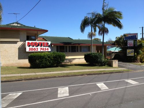 Aspley Sunset Motel - Accommodation in Bendigo