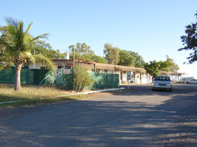 Hughenden Rest-Easi Motel amp Caravan Park - Accommodation in Bendigo