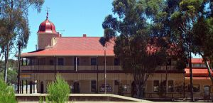 Peterborough Railway Hotel - Accommodation in Bendigo