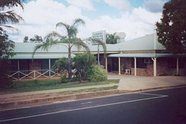 Clermont Motor Inn - Accommodation in Bendigo