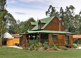 Mystic Mountains Holiday Cottages - Accommodation in Bendigo