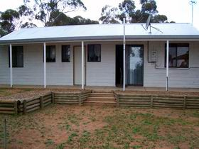 Lot 322 Holiday House