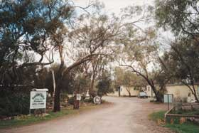Beautiful Valley Caravan Park Cabins - Accommodation in Bendigo