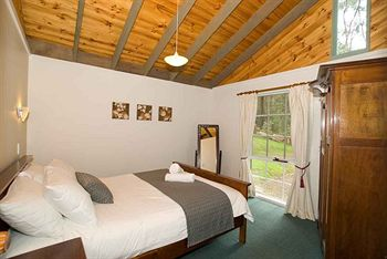 Hill aposNapos Dale Farm Cottages - Accommodation in Bendigo