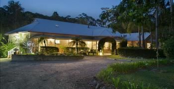 Noosa Valley Manor BampB Retreat - Accommodation in Bendigo