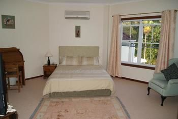 Kingfishers Manor  Noosa - Accommodation in Bendigo