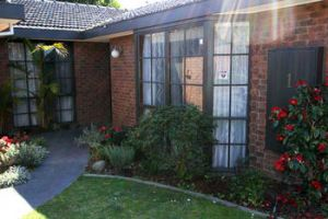 Hawthorn Holiday House - Accommodation in Bendigo