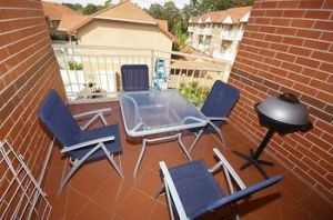 North Ryde 64 Cull Furnished Apartment - Accommodation in Bendigo