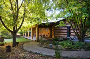 Tewksbury Lodge - Accommodation in Bendigo
