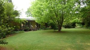 Annie's Garden Retreat - Accommodation in Bendigo