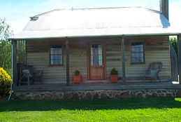 Brickendon Historic  Farm Cottages - Accommodation in Bendigo