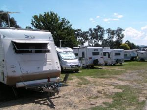Canberra Carotel Motel  Caravan Park - Accommodation in Bendigo