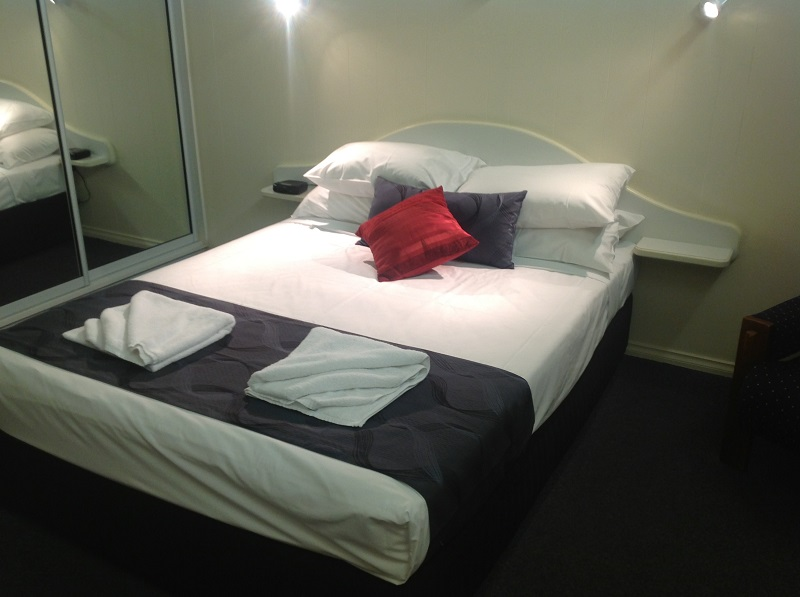 Parkside Motel  Licensed Restaurant - Accommodation in Bendigo