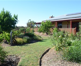 Mureybet Relaxed Country Accommodation - Accommodation in Bendigo