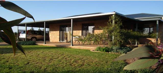 Welcome Cottage Executive Serviced Accommodation - Accommodation in Bendigo