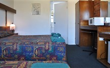 Adrian Motel - Forbes - Accommodation in Bendigo