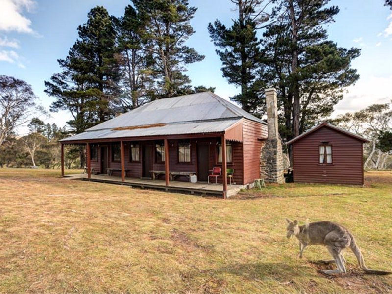 The Pines Cottage - Accommodation in Bendigo