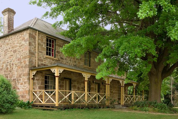 Old Stone House The - Accommodation in Bendigo