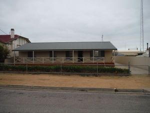 Lawhill Lodge - Accommodation in Bendigo