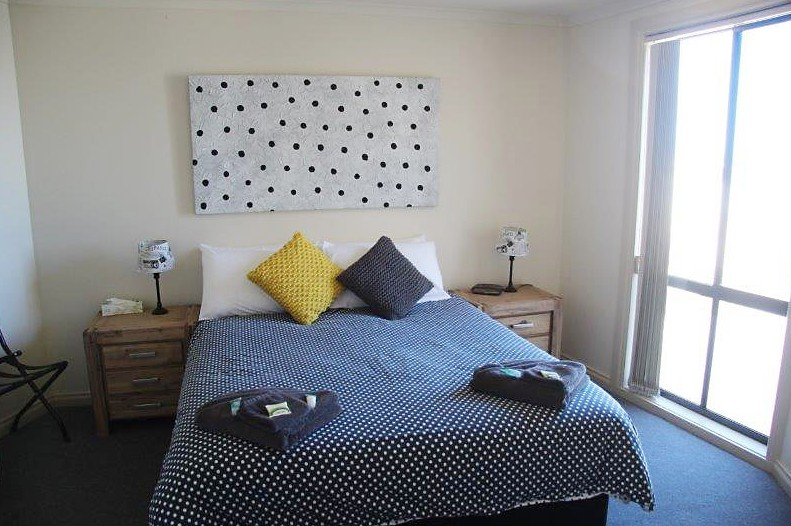 Cliff House Beachfront Villas - Accommodation in Bendigo